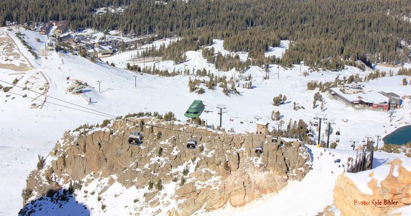 Snowboarding Mammoth Mountain
